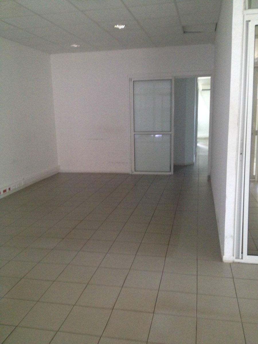 Location Immobilier Professionnel Bureaux baie mahault (97122)